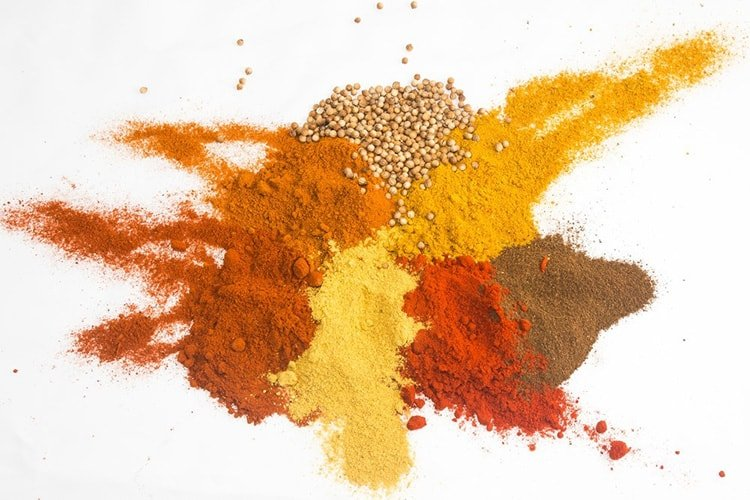 Spices for eyeshadow